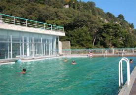 Открытый бассейн санатория