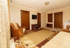 Гостиная в номере 3-комнатный ЛЮКС в корпусе 10